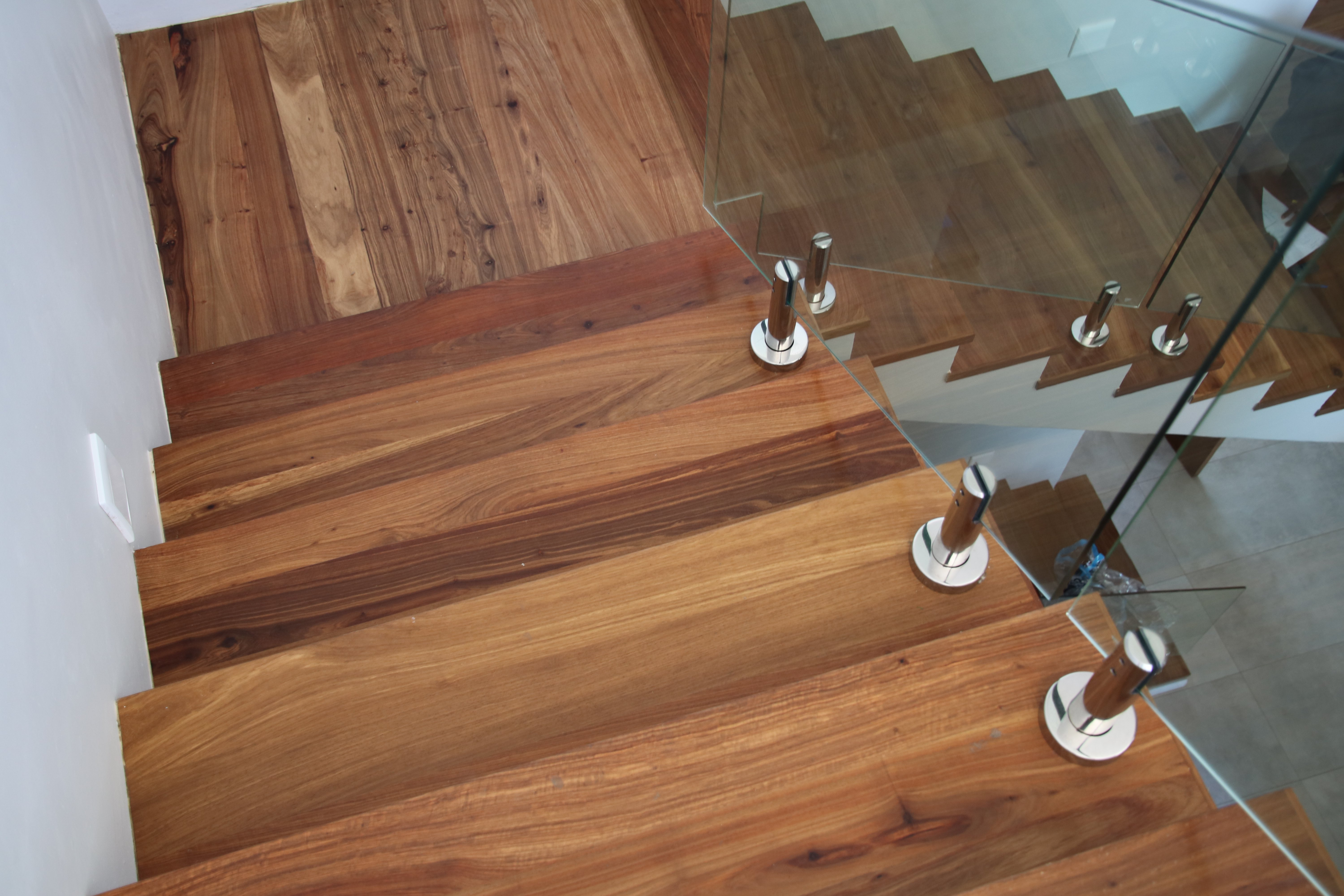Kiaat stairtreads and balustrade